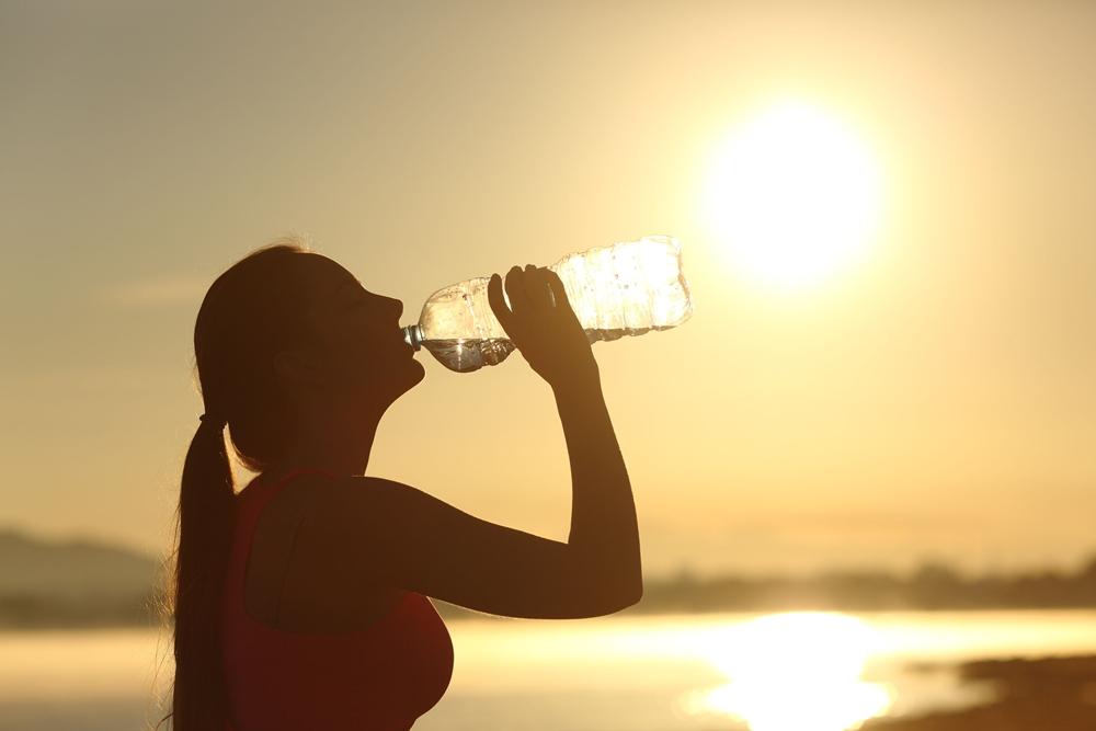 เผย 6 อาการ เกิดจากความร้อน พร้อมวิธีป้องกัน